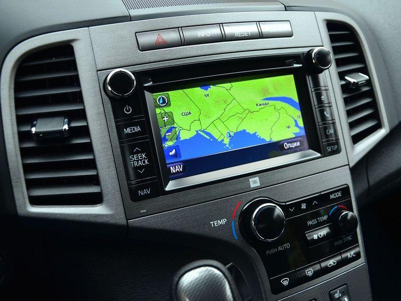 как установить навигатор на Toyota Венза 2014года #3