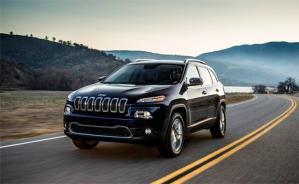 Автомобильной компанией Jeep были опубликованы первые официальные снимки оффроуда Cherokee 2014 года