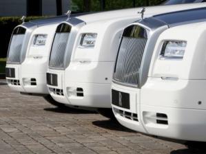 Люксовый внедорожник Rolls-Royce может быть построен на платформе седана 7-Series либо BMW X5 последнего поколения и представлен в 2016 году.