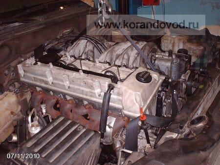 8 - Примерно за 8 часов снял мотор 2.9 и примерил 606 в моторный отсек муссо